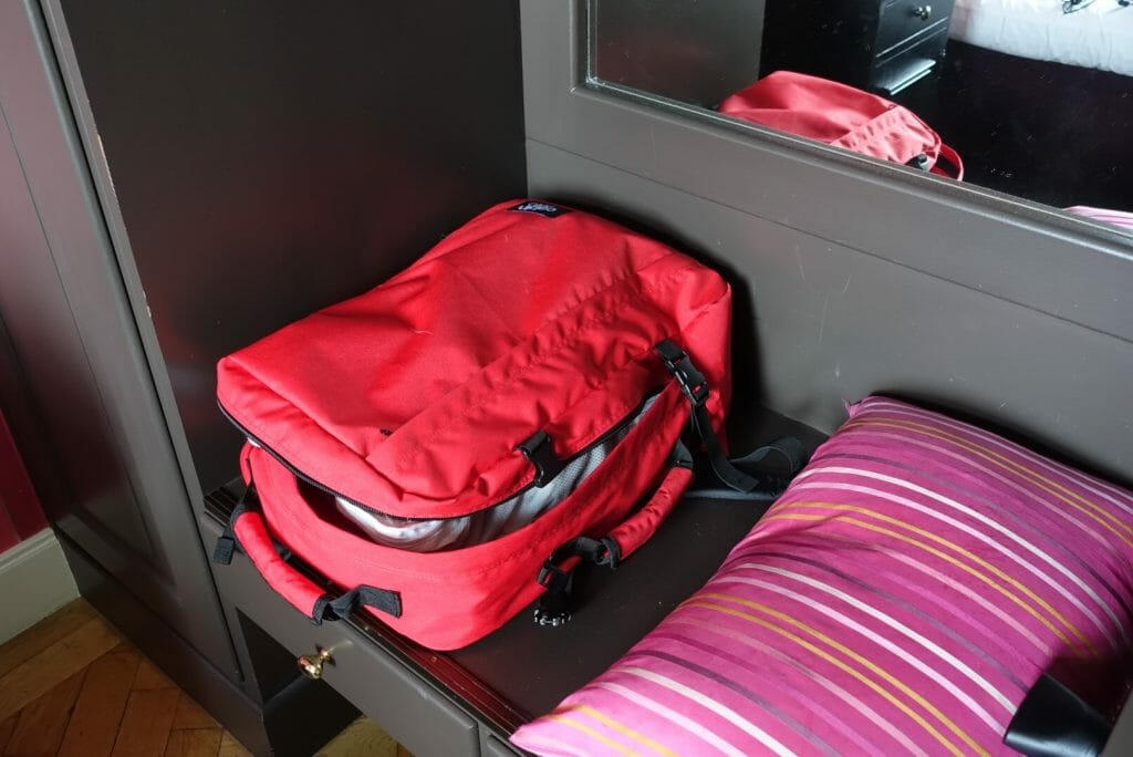 Cabin Zero making hand luggage easy on What's Katie Doing? blog