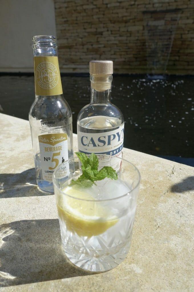 Caspyn Cornish dry gin and Peter Spanton lemongrass tonic