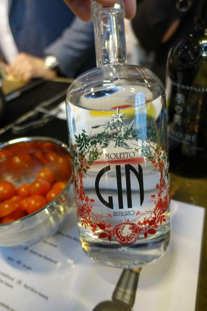 Moletto tomato gin