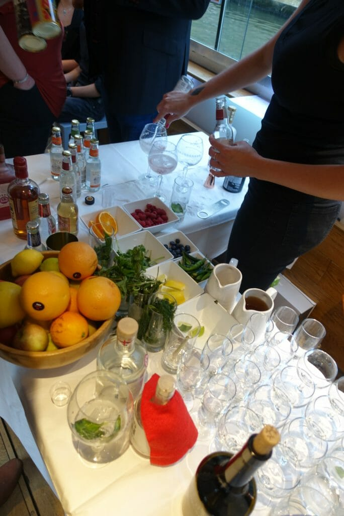View of the bar with Hero gin in its red cape