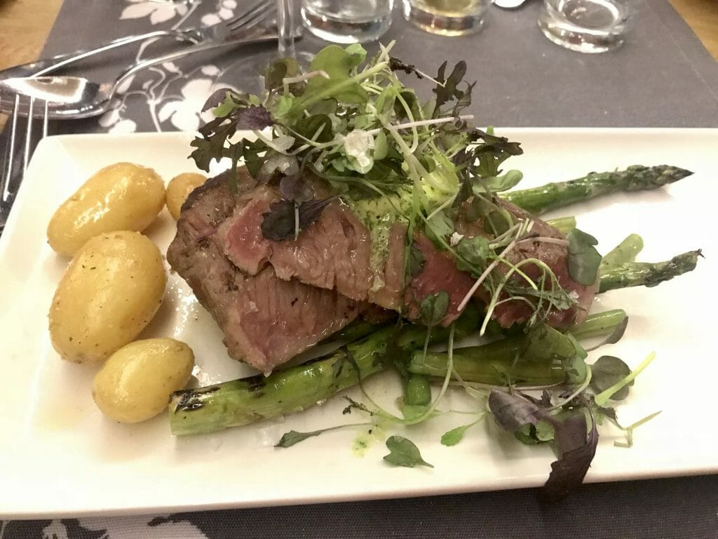 Steak with 'Finnish' potatoes and asparagus