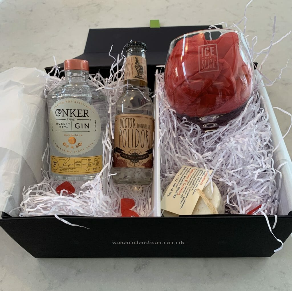 Open gin spa gift box showing packaging and contents