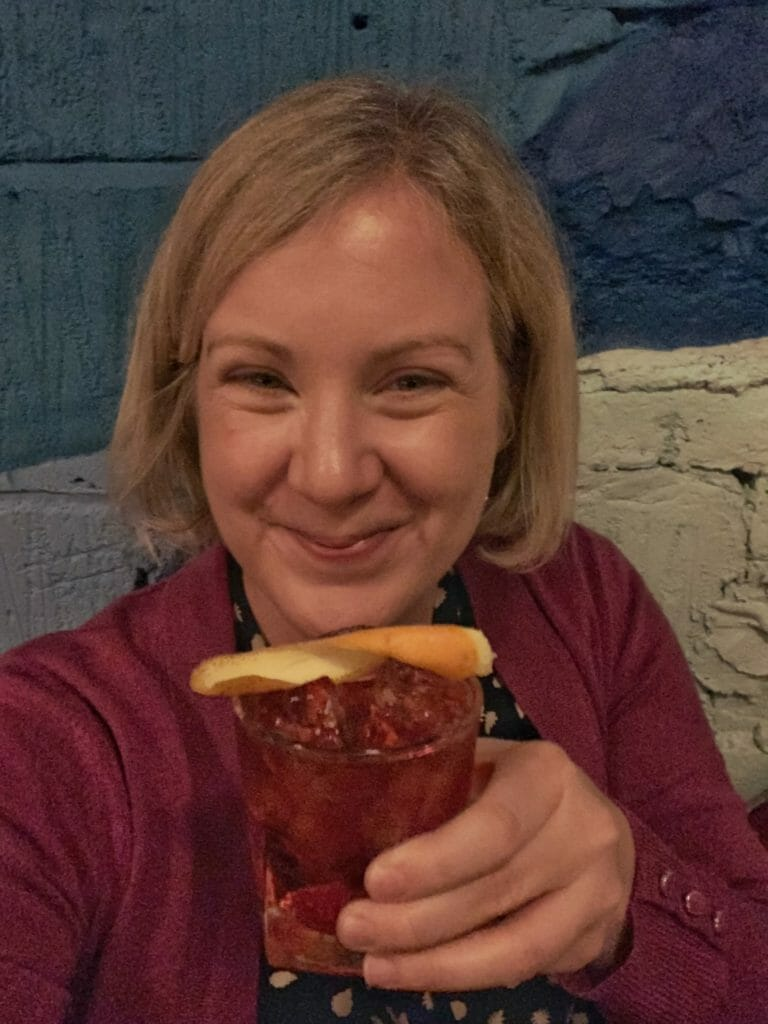 Selfie of Katie with her favourite negroni cocktail